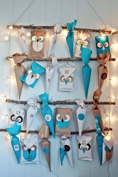 ▷ Design your own advent calendar - craft ideas for Christmas - Advent. DIY - advent calendar fill bastaln with paper wrapping paper more - Christmas Countdown, Christmas Calendar, Christmas Holidays, Christmas Crafts, Christmas Decorations, Xmas, Merry Christmas, Advent Calenders, Diy Advent Calendar