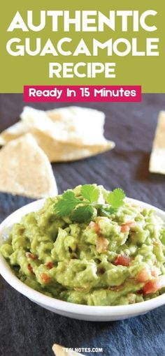 Authentic Guacamole Recipe- How To Make An Easy & Delicious Guacamole Dip Authentic Guacamole Recipe, Guacamole Recipe Easy, Guacamole Dip, Healthy Family Dinners, Easy Meals, Light Appetizers, Cheap Dinners, I Love Food, Dinner Recipes