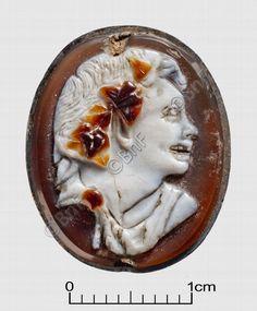 "camée, ""Buste de satyre"" (camée.92), BnF. Sardonyx, époque romaine"
