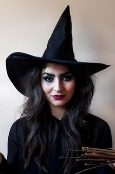 pretty squared halloween wicked witch makeup tutorial easy