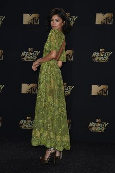 Zendaya at the 2017 MTV Movie & TV Awards 5/7/17