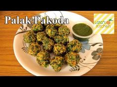 Palak Pakora ( Spinach Fritters ) — Indian Vegetarian Recipe Video by Lata Jain - http://2lazy4cook.com/palak-pakora-spinach-fritters-indian-vegetarian-recipe-video-by-lata-jain/