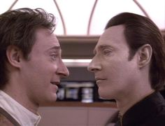 I really loved the Soong episodes, even the ones on Enterprise. Brent Spiner's a great actor. (TNG : Birth Right)