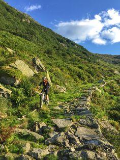 Awesome #downhill from Nätschen / Stöckli into the Riental and Göschenen.