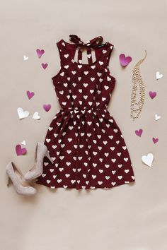 A delightful heart print makes this the perfect Valentine's Day dress!