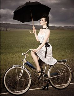 girl w/black umbrella.....SHE ALWAYS COMES PREPARED FOR THOSE UNEXPECTED SUMMER STORMS.....ccp