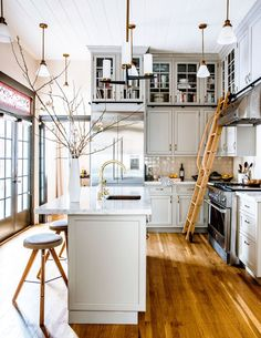 Gorgeous Bay Area Kitchen #kitchendesign #kitchens
