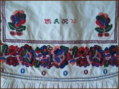 Europa - Slovakia/Polomka Bobbin Lace, Folk, Embroidery, Pattern, Bobbin Lacemaking, Needlepoint, Popular, Patterns, Forks