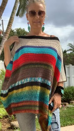 Streetwear Fashion 2020 With a cool a cool bohemian vibe this reversible poncho is wonderfully unique and one of a kind.Streetwear Fashion 2020 With a cool a cool bohemian vibe this reversible poncho is wonderfully unique and one of a kind. Boho Crochet Patterns, Crochet Stitches, Knit Crochet, Crochet Tops, Crochet Tunic Pattern, Hippie Crochet, Poncho Knitting Patterns, Easy Crochet Shawl, Crochet Style