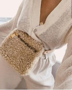 Shearling Waist Bags , a new colour way, the same beautiful design as before, online in the Adorn Bohème collection The Things They Carried, Tactical Bag, Cloth Bags, Leather Accessories, Winter Wardrobe, Autumn Winter Fashion, Winter Style, Diy Clothes, Fashion Outfits