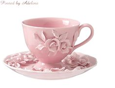 Perfect pink tea cup and saucer. Teapots And Cups, China Tea Cups, My Cup Of Tea, Perfect Pink, Tea Cup Saucer, Tea Time, Shabby Chic, Decoration, Tea Sets