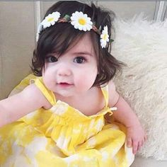 Cute Little Baby, Little Babies, Baby Love, Baby Kids, Baby Girl Images, Cute Baby Girl Pictures, Cute Asian Babies, Cute Babies, Beautiful Babies