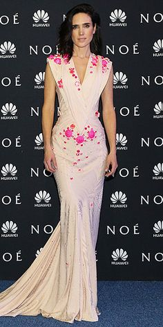 """Jennifer Connelly in Givenchy Couture at the Mexico City premiere of """"Noah"""" 3-2014"""