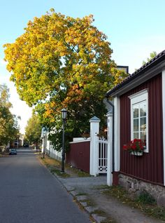 Dear former home town, a beautiful and lively place. The Old Town Neristan, Kokkola, Finland Scandinavian Architecture, Scandinavian Home, House Landscape, City Landscape, Places In Europe, Places To Travel, Beautiful Homes, Beautiful Places, Wooden Buildings