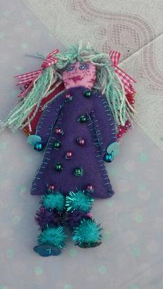 ☆ Dit engeltje heb ik voor Maud gemaakt en ik heb gedroogde lavendel bij het vulsel gedaan, dus ze ruikt ook nog lekker! ☆
