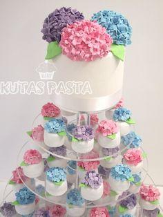 Ortanca Çiçeği Porsiyon Pasta - Ortanca Düğün Pastası - Hydrangea Wedding Cake