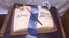 Ravenclaw Cake #HarryPotter #Ravenclaw #HarryPotterCake #RavenclawCake #MagnoliasBakeryCR