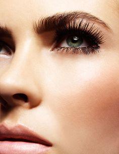 pestañas postizas como complemento de un maquillaje perfecto