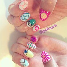 Nail Art: Coachella Nails