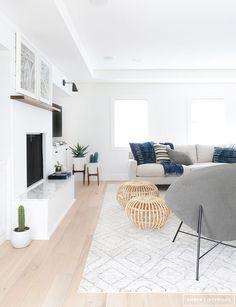Minimalist Living Room with Geometric Rug - Modern Interior Design