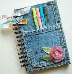 If all these reasons are enough for you, let us present to you these 23 insanely clever DIY denim projects made from old jeans. Jean Crafts, Denim Crafts, Diy And Crafts, Arts And Crafts, Fabric Crafts, Sewing Crafts, Sewing Projects, Craft Projects, Paper Crafts