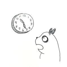 【一日一大熊猫】2016.3.23 朝起きたら、10時過ぎてたよ。 でもよくよく見ると、時計が止まっていたよ。 #パンダ #時計