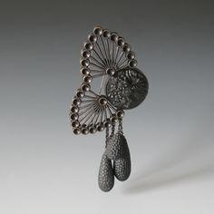 http://jewelblog.de/wp-content/uploads/2011/05/012_Madam-Butterfly.jpg