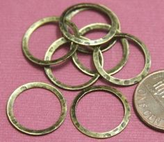 15 pcs of Antiqued Brass hammered circle link 16mm by yadanabeads, $2.95