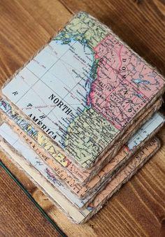 Vintage Stuff Give the perfect handmade gift by creating these DIY coasters using a wood board, vintage maps and twine. - Give the perfect handmade gift by creating these DIY coasters using a wood board, vintage maps and twine. Map Coasters, Cool Coasters, Drink Coasters, Slate Coasters, Vintage Maps, Vintage Diy, Vintage Map Decor, Decoupage Vintage, Vintage Ideas