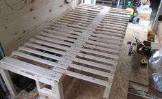 Building an expandable bed in a camper van Camper Beds, Camper Van, Pickup Camper, Truck Camper, Bed Frame Parts, Sofa Bed Frame, Van Bed, Diy Daybed, Surf
