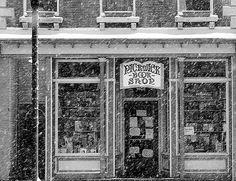 Pickwick Book Shop: Nyack, NY / photo by seanjonesfoto
