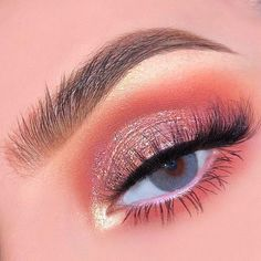 41 Top Rose Gold Make-up-Ideen, die aussehen wie eine Göttin- Roségold Augen… 41 top rose gold makeup ideas that look like a goddess rose gold eye makeup, natural makeup, wedding makeup looks, rose gold makeup for brown eyes – Gold Eyeliner, Gold Eye Makeup, Eye Makeup Art, Pink Makeup, Cute Makeup, Pretty Makeup, Eyeshadow Makeup, Rose Gold Eyeshadow Look, Sweet 16 Makeup