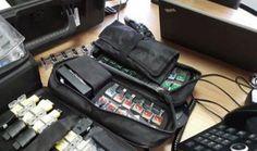 :( O Senado gastou pelo menos US$ 127,8 mil (R$ 403 mil na cotação desta sexta-feira, dia 21) na aquisição de equipamentos eletrônicos usados pela Polícia