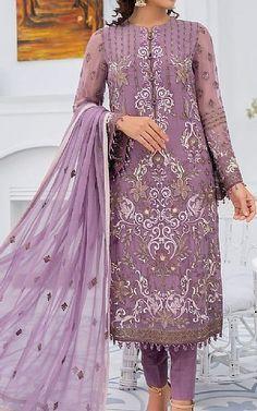 Chiffon Shirt, Chiffon Fabric, Chiffon Dress, Pakistani Dresses Online Shopping, Online Dress Shopping, Fashion Pants, Fashion Clothes, Fashion Dresses, Pakistani Lawn Suits