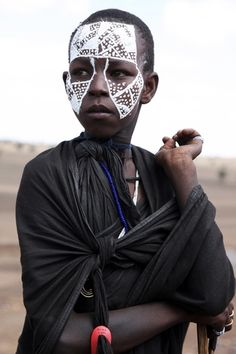 Tanzania, from the world photography collection of Richard Notebaart of Radboud University, Netherlands. Valley College, College Library, Body Adornment, World Photography, Body Modifications, Tanzania, Netherlands, University, Africa