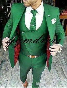 New Design Green Groom Tuxedos 2019 Best Man Suit Mens Wedding Suits Bridegroom Business Suit Groom Tuxedo, Tuxedo For Men, Wedding Men, Wedding Suits, Wedding Groom, Smoking Verde, Mens Fashion Suits, Mens Suits, Stacy Adams Suits