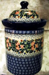 Polish Pottery domed lid canister