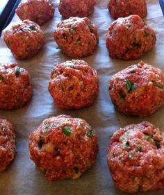 These tender, flavorful baked meatballs have been a family and reader favorite for many years. Hundreds of readers have called them the best meatballs ever! Serve them with spaghetti and your favorite … Jen's Incredible Baked Meatballs - Best Baked Meatball Recipe, Easy Baked Meatballs, Meatball Bake, Meatball Recipes, Jelly Meatballs, Meatballs For Spaghetti, Recipes With Meatballs, Grilled Hamburger Recipes, Baked Italian Meatballs