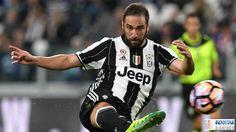 Mino Raiola Mengatakan Gonzalo Higuain Tak Layak Dibayar 90 Juta Euro