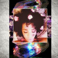 #alive #glow #instafeeling #clarity #selfie #tb #evadivahhh #lifeblogger #divastyle #original #meditation #wisdom #soul #loveenergy #positivevibes #photooftheday #afro #naturalhair #crystals #model #mixed #singer #magical #peace #focus #oddball #blogger  by evadivahhh