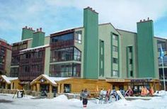 COPPER MOUNTAIN rental property. Copper Junction - 1 Studio Loft - Sleeps 6, 2 full baths. Copper Junction is in the new Village at Copper Mountain and is located steps away from the American Flyer high speed quad lift http://www.breckenridgerentalplaces.com/vacation-rentals/3515/Copper-Junction-1-Studio-Loft-Copper-Mountain-Copper-Mountain-CO