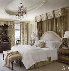 Love the bed! (especially the headboard!)