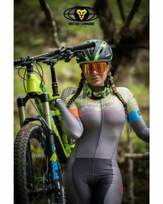 Female Fitness 456904324700236802 - Source by cuillerwilliam Bicycle Women, Bicycle Girl, Motard Sexy, Beautiful Athletes, Cycling Girls, Sporty Girls, Biker Girl, Cycling Outfit, Sport Fashion