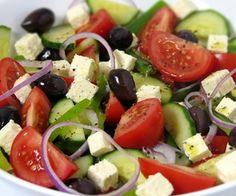 Сегодня готовим греческий салат классический рецепт, который известен и очень популярен во всём мире. При наличии необходимых продуктов, приготовить этот салат можно очень быстро и несложно. А сейчас давайте рассмотрим, как приготовить греческий салат классический рецепт…