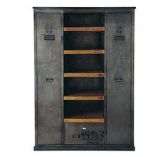 Armoire vintage industriel Acier et bois prix promo PrivateFloor 640.00 € TTC Prix non Abonné : 960.00 €