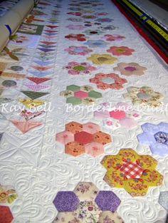 The Stonefields quilt. Gemaakt ter herinnering aan Daisy. Ontwerp Susan Smith.