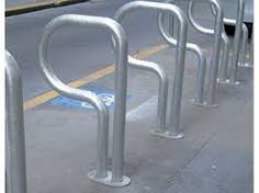 ベンチ付き自転車置き場世界 - Google 検索
