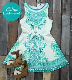 Get this gorgeous resort dress today online for just $40!
