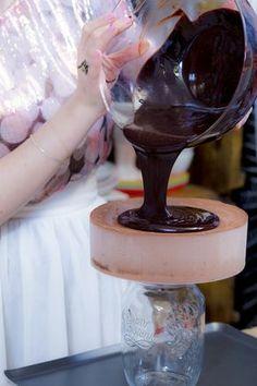 Bolo Mousse de Chocolate   Vídeos e Receitas de Sobremesas