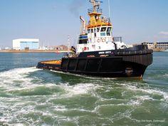 Tugboat in the Port of Zeebrugge